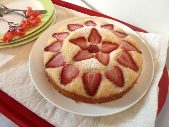 Strawberry Tea Cake 2