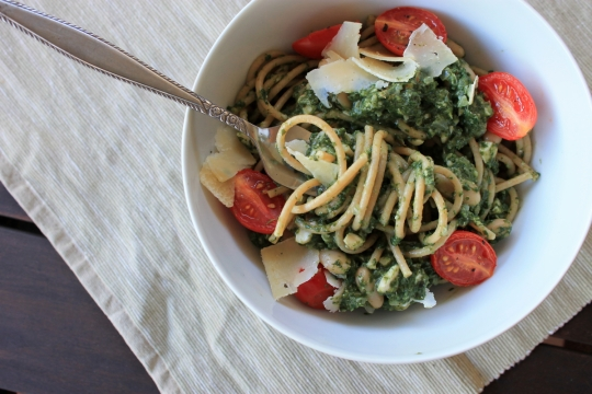 Spinach & Almond Pesto Pasta