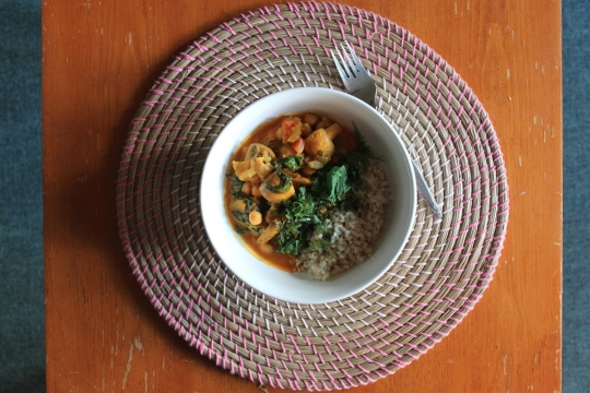 Quick Chickpea & Mushroom Curry